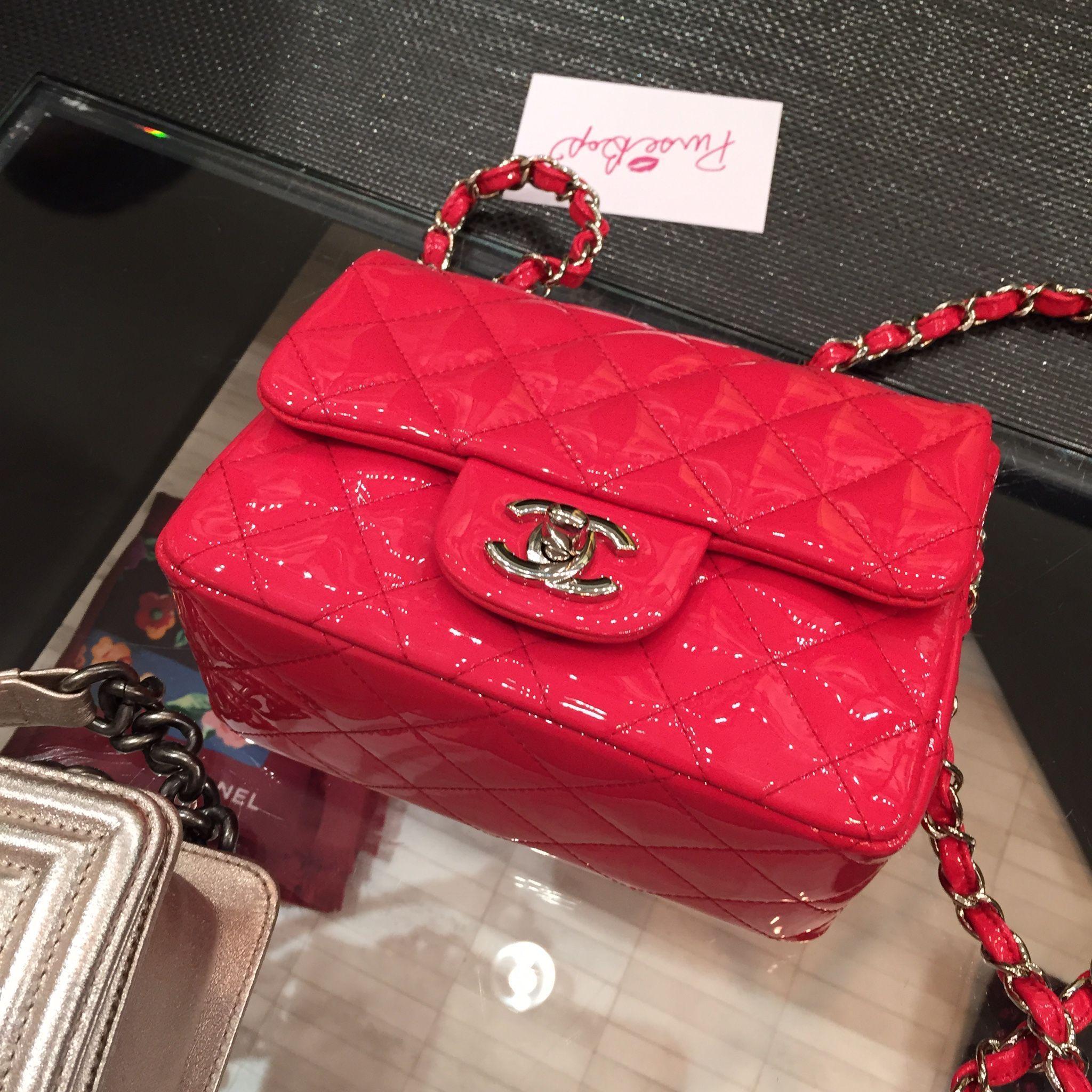 661555fac3f57 The Ultimate Chanel Mini Flap bag