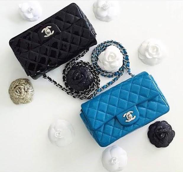 black and blue mini flaps