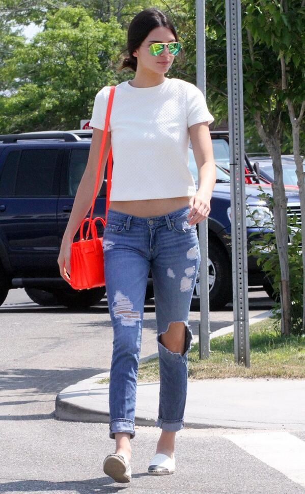 Kendall Jenner LOVES Saint Laurent Sac De Jour - PurseBop