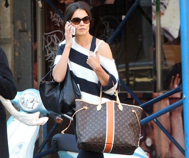 How to spot a fake Louis Vuitton bag - YouTube