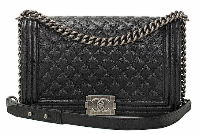 Fashion week Black Chanel bag reference guide for girls