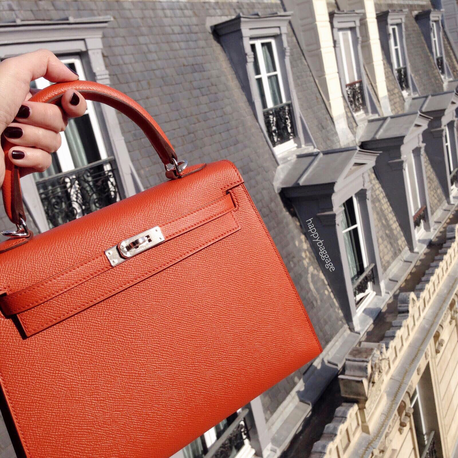 9f4fad103026 ... for my favorite Hermes orange until I was offered a Terre Battue  (meaning  clay  in French) Kelly 25 sellier. I finally discovered that this  new shade ...