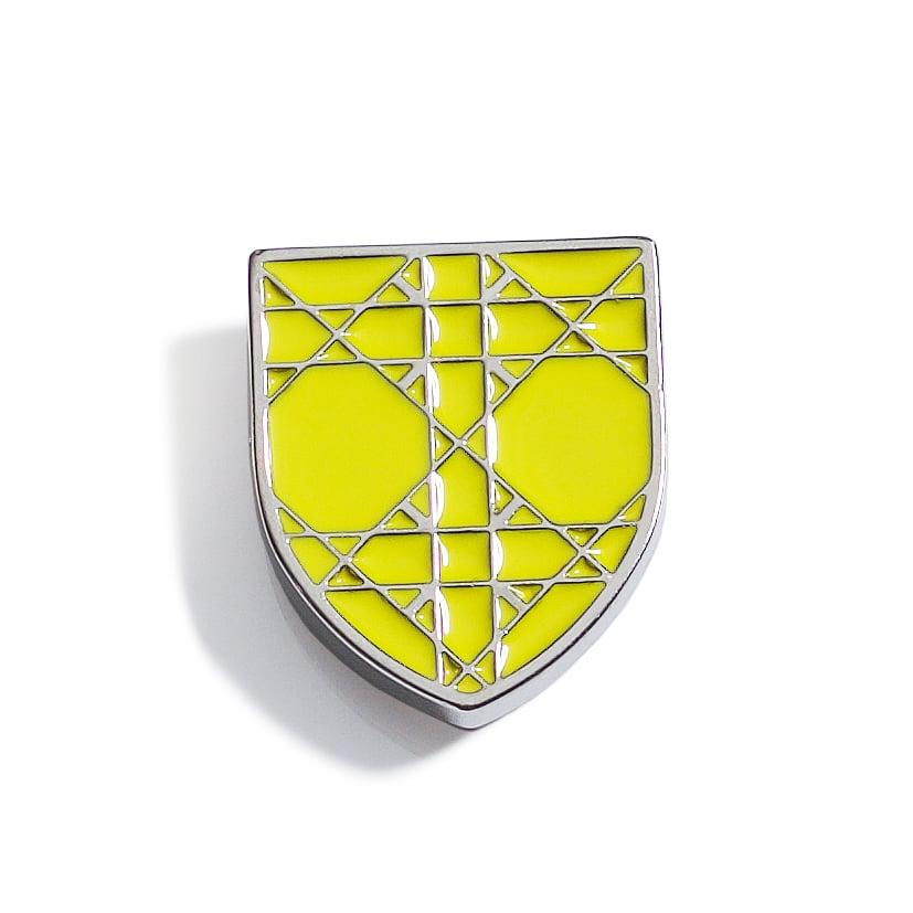 pins03
