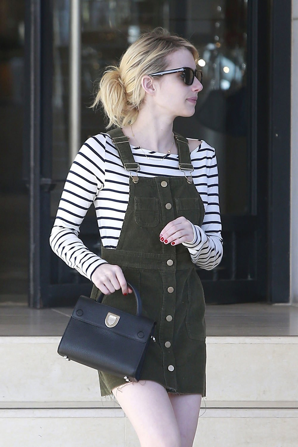 Emma-Roberts-GOTS-Street-Style-Fashion-ASOS-Amour-Vert-Ann-Taylor-Tom-Lorenzo-Site-1
