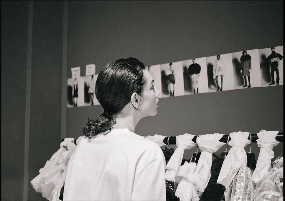 Burberry-Feb-Show-2_05.05.17