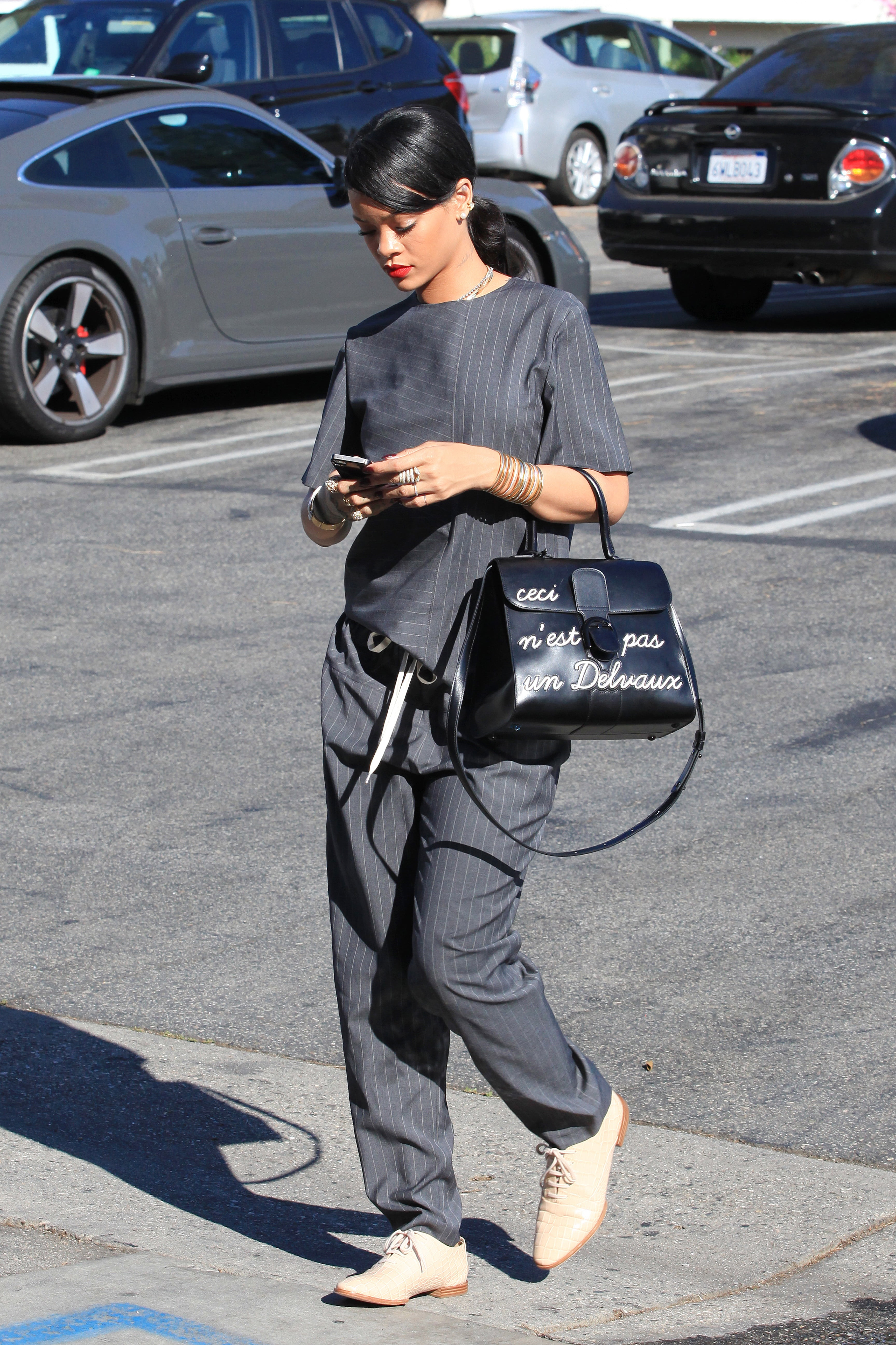 Rihanna - L'Humour @GSIABACAPRESS.COM