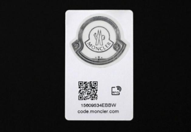 Moncler RFID tag