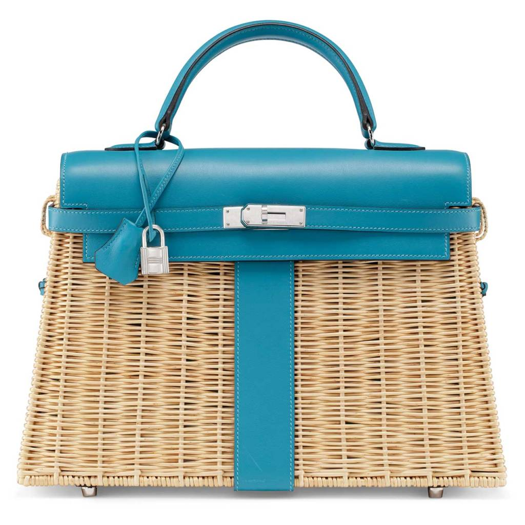 Whether At The Beach A Barbeque Or Even Backyard We Ve Found Perfect Picnic Bag Only Catch Besides Price It Won T Fit