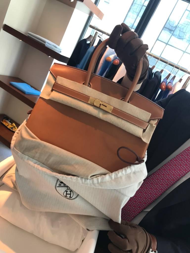 d0ee325098d PurseBop s birthday baggie was a Barenia Birkin 30 GHW in July 2017. Click  photo to access original article.