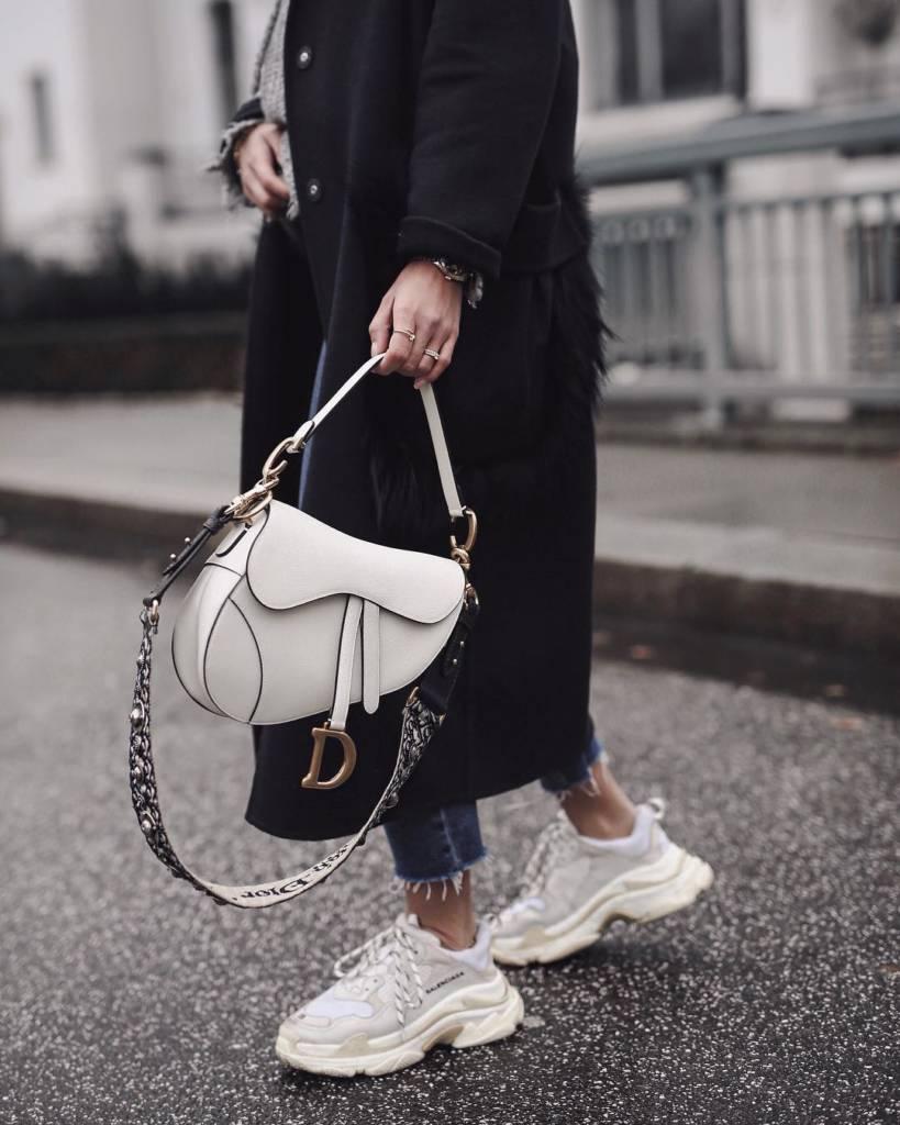 23cfc658c35 10 Handbag Investment Rules for 2019 - PurseBop