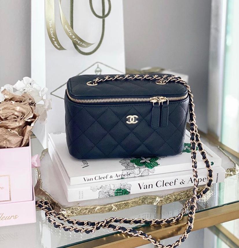Chanel Mini Bag Trend