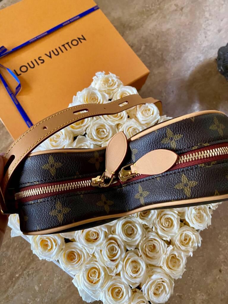 GAME ON Coeur Bag. Louis Vuitton Herat bag cruise 2021