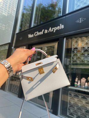 Van Cleef & Arpels Lotus Ring \
